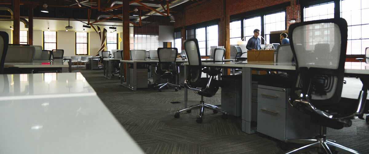 Średniej wielkości biuro idealne dla niszczasrki papieru z serii P
